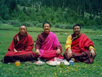 Tulku Jigpo, Tulku Thondup, and Tulku Long-yang (5th Dodrupchen) at theDodrupchen Monestary