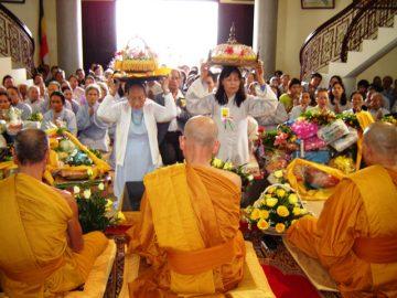 KPH-le-dang-y-Kathina-Hue