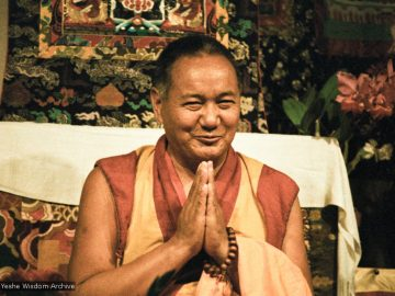 1983-California-Lama-Yeshe-at-Vajrapani-Institute