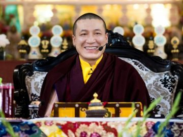 karmapa-on-expectations-and-doubts-533x400